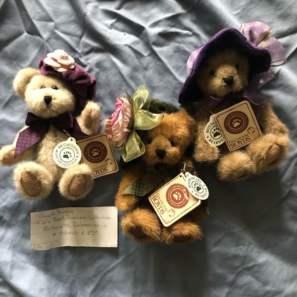 NEW Boyd's Bears Best Dressed